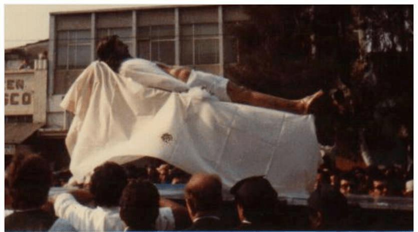 Adorno del Cristo Yacente del Calvario en 1982 (2)