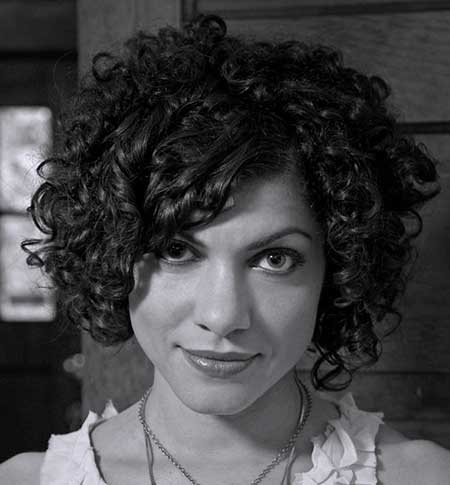 40 cute curly hairstyles art and design