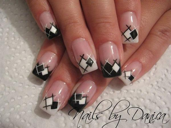 A White And Black Bination Of Gingham Inspired French Tips The Colors