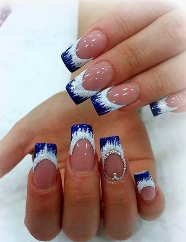 Blue And White Polka Dots Nail Art Design