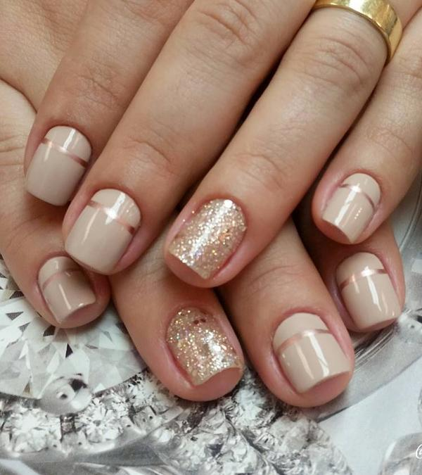 And Metallic Gold Nail Art Design These Two Binations Of Colors Always Go Perfect