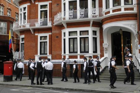 British police outside Ecuador's London embassy.