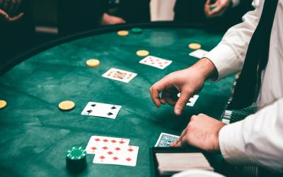 Advantages of Playing in Online Casinos