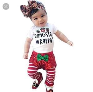 ropa para las fiestas. Modelo bebé elfo