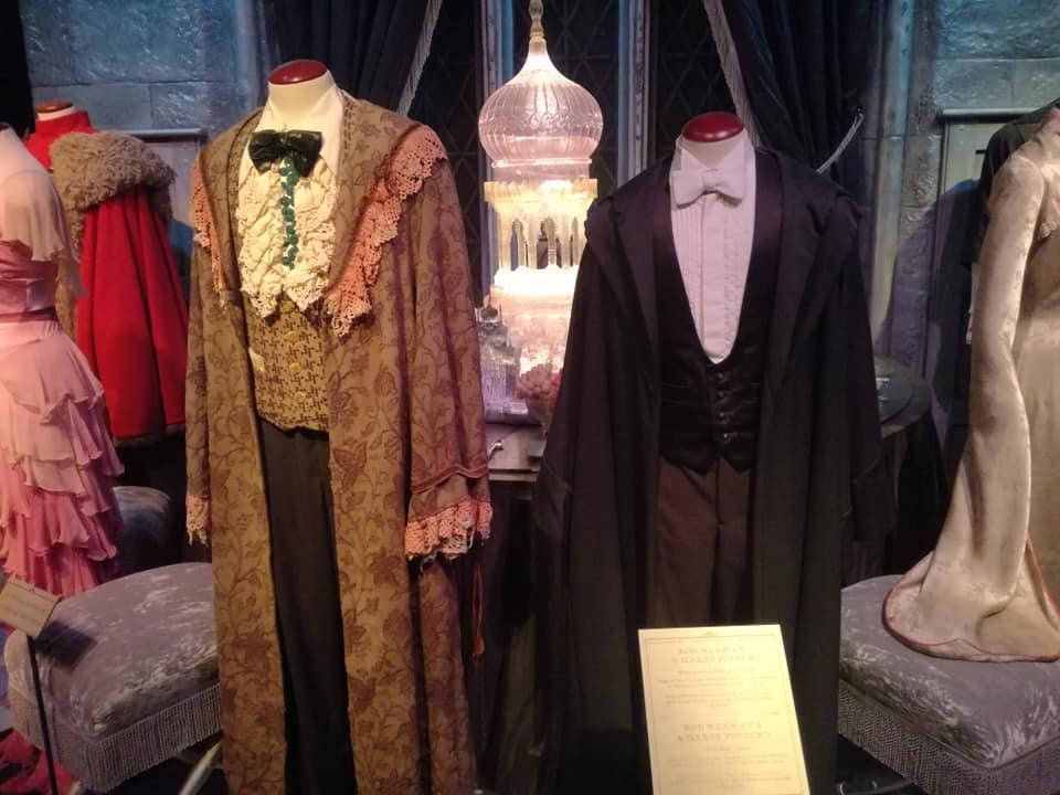 Los trajes que llevaron Ron y Harry Potter al baile de Navidad