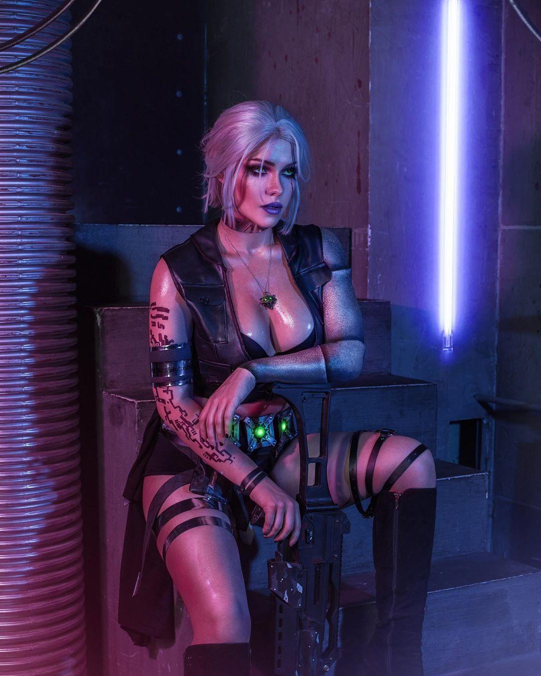 Irine Meier cosplay Cyberpunk 2077 2