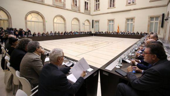 Resultat d'imatges de Fotos Pacta Nacional pel Referèndum