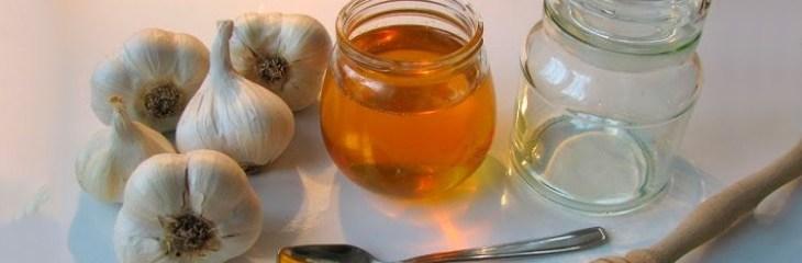 Miel de ajo como remedio natural