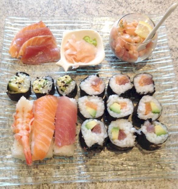 sushis final 1 585x620 - Sushis faciles à faire soi-même