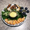 Assiette de fruits de mer, aïoli et salade
