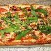 Recette de Pizza au Chèvre, miel et noix