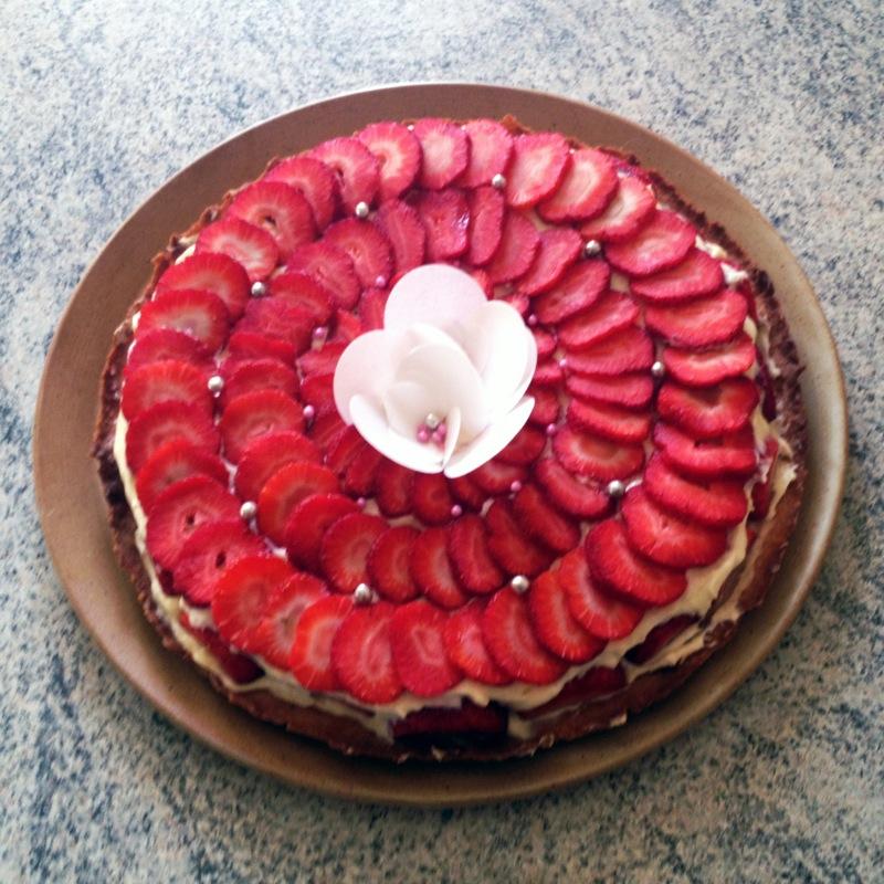 tarte fraise creme 3 - Tarte aux fraises crémeuse façon fraisier