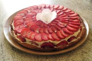 tarte fraise creme 4 - Tarte aux fraises crémeuse façon fraisier