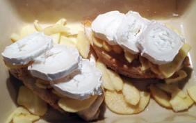 Recette de Blancs de poulet aux pommes et au chèvre