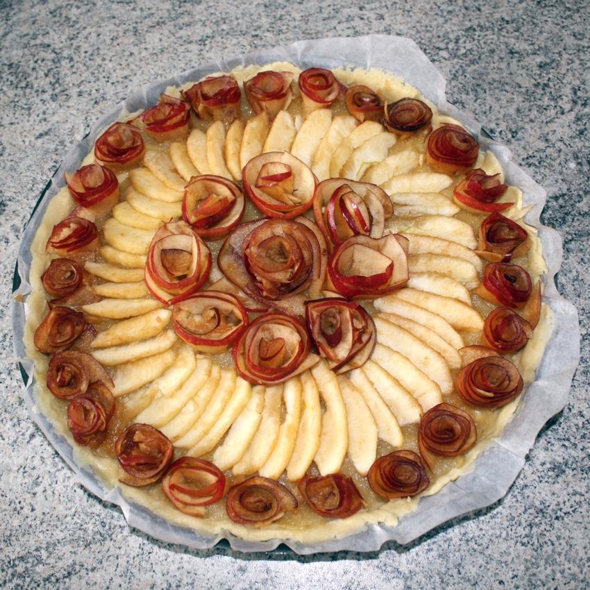 """tarte pomme roses caramel 5 - Tarte aux pommes """"Bouquet de roses"""""""