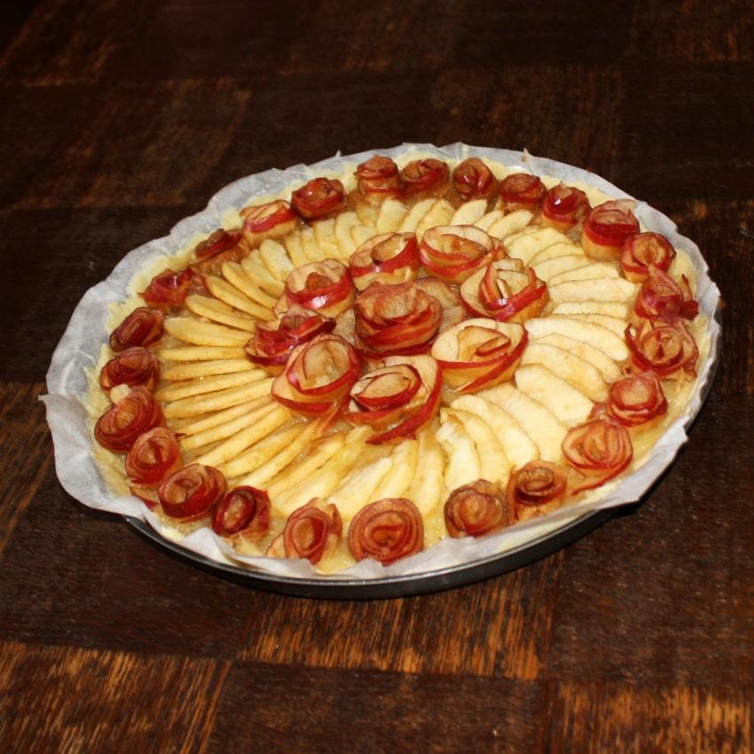 """tarte pomme roses caramel 6 - Tarte aux pommes """"Bouquet de roses"""""""