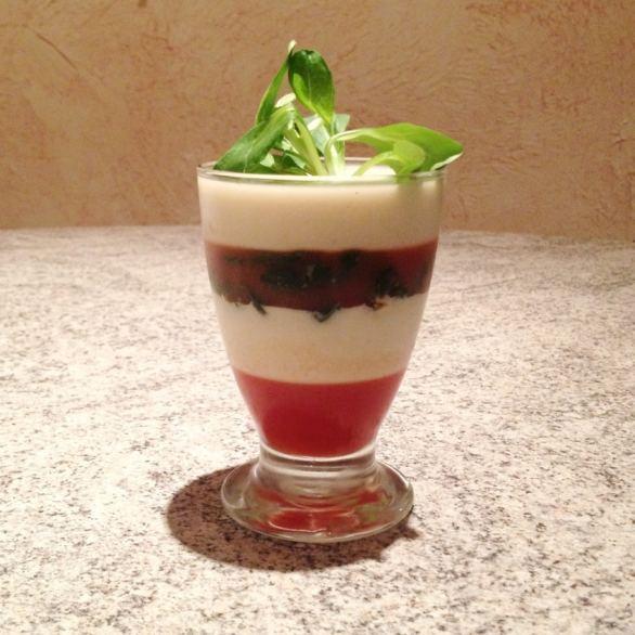 Recette de Panna cotta tomate, fenouil et épinards
