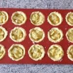 tartelettes pommes caramel prepa 1 - Mini-tartelettes aux pommes et caramel au beurre salé