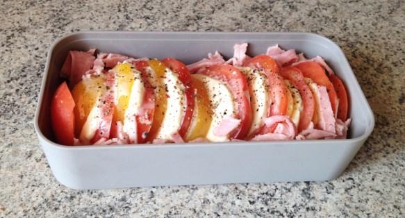 Recette de Bento tomates mozzarella et chiffonnade de jambon
