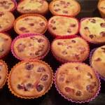clafoutis griottes muffins 3 - Petits clafoutis aux griottes façon muffins