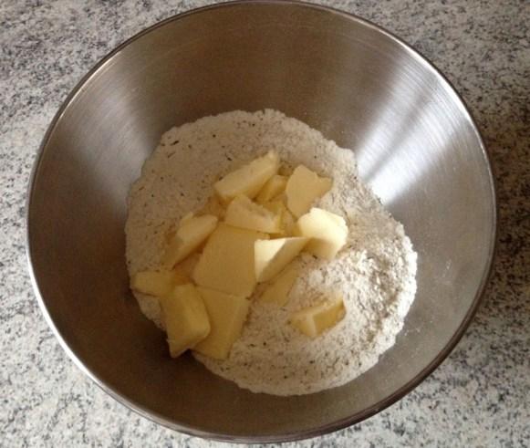 Recette de Pâte brisée salée (nature, aux herbes, aux épices...)