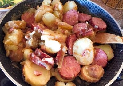 aucisse morteau pommes de terre 1 - Poêlée de saucisse de Morteau et pommes de terres