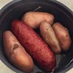 aucisse morteau pommes de terre prepa 1 - Poêlée de saucisse de Morteau et pommes de terres