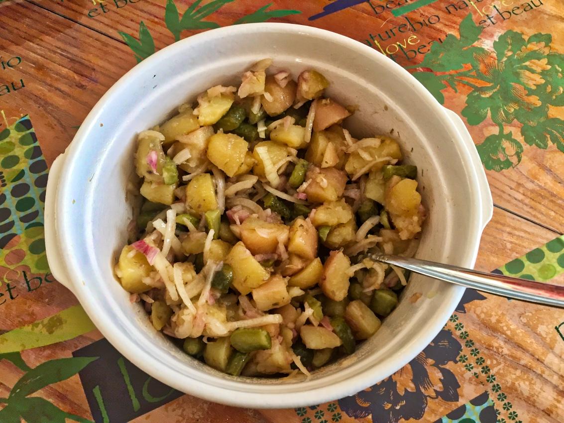 salade pommes de terre oignons cornichons 1 - salade-pommes-de-terre-oignons-cornichons-1