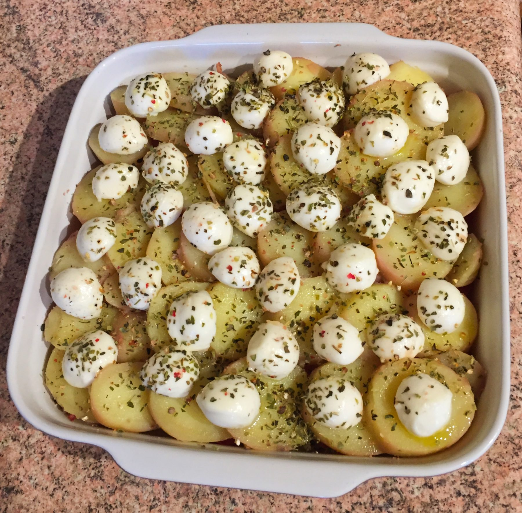 Recette de Gratin de pommes de terre et tomates à la ...