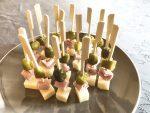 IMG 6603 - Brochettes emmental, jambon, cornichons
