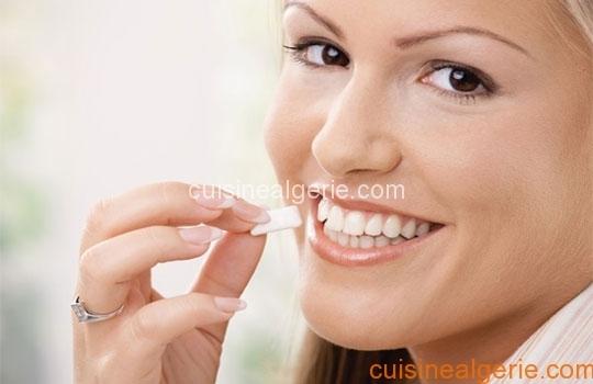 Remèdes naturels contre la mauvaise haleine
