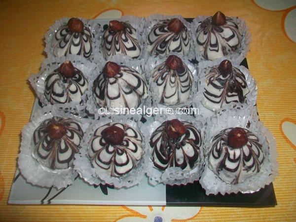 Dômes de cacahuètes chocolatés
