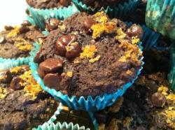 beet muffins w