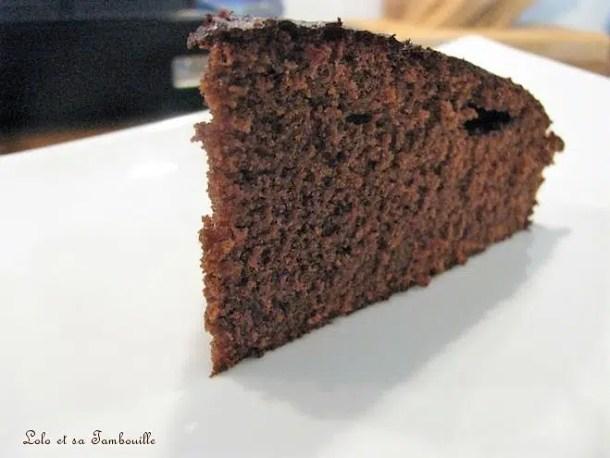 Gâteau au chocolat arôme cassis léger
