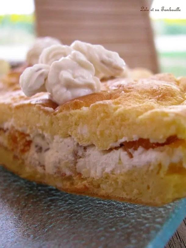Sandwichs d'omelette aux abricots & fromage frais aux noix