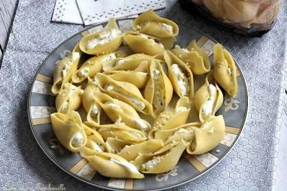 Conchiglioni au fromage frais & pignons (6)