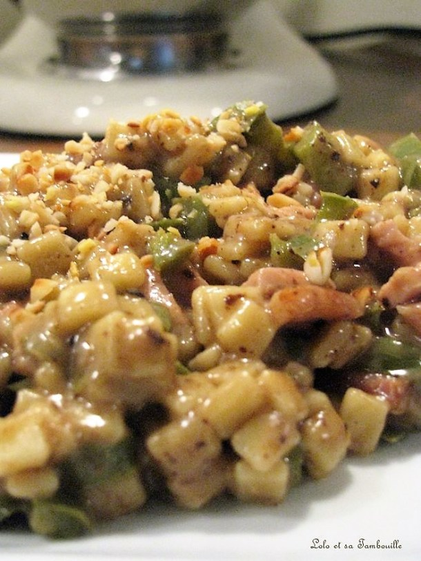 Crozetto au chèvre, pignons de pin & olivade noire