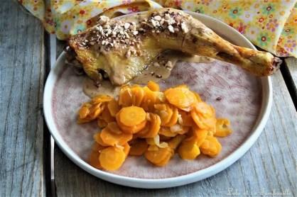Cuisses de poulet sauce au miel, éclats d'amandes (1)