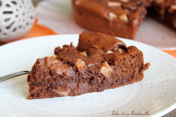 Gâteau fondant au chocolat & poires {sans beurre}