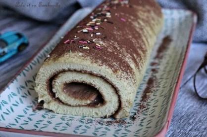 Roulé à la pâte à tartiner (5)