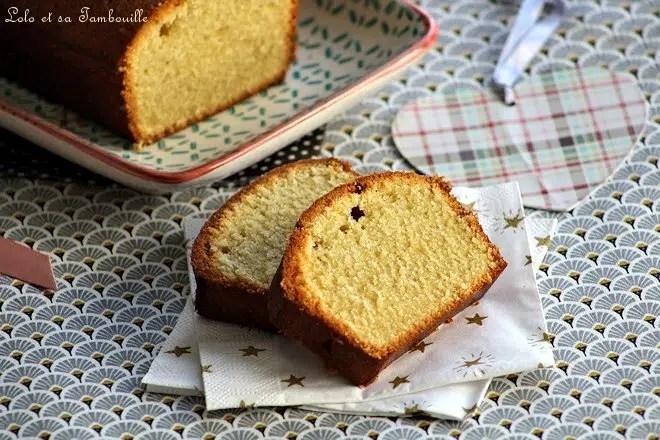 Cake moelleux au rhum & à la vanille