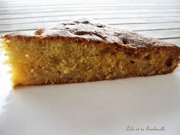 Gâteau moelleux aux poires & à la vanille