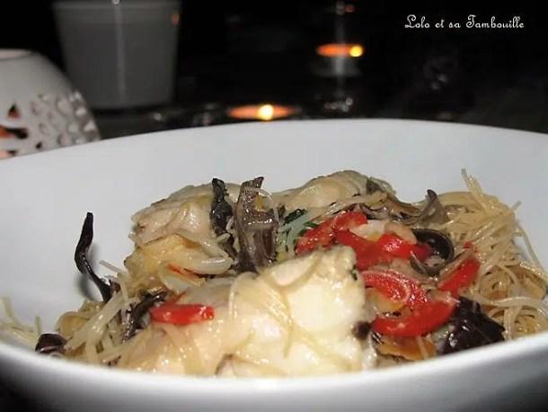 Nouilles de riz à la lotte & aux champignons