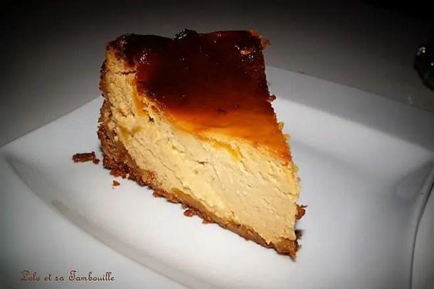 Cheesecake aux pêches & crème de caramel