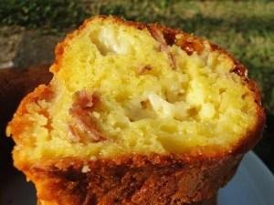 cake à la mozzarella et baco remplacé par de la coppa mimi