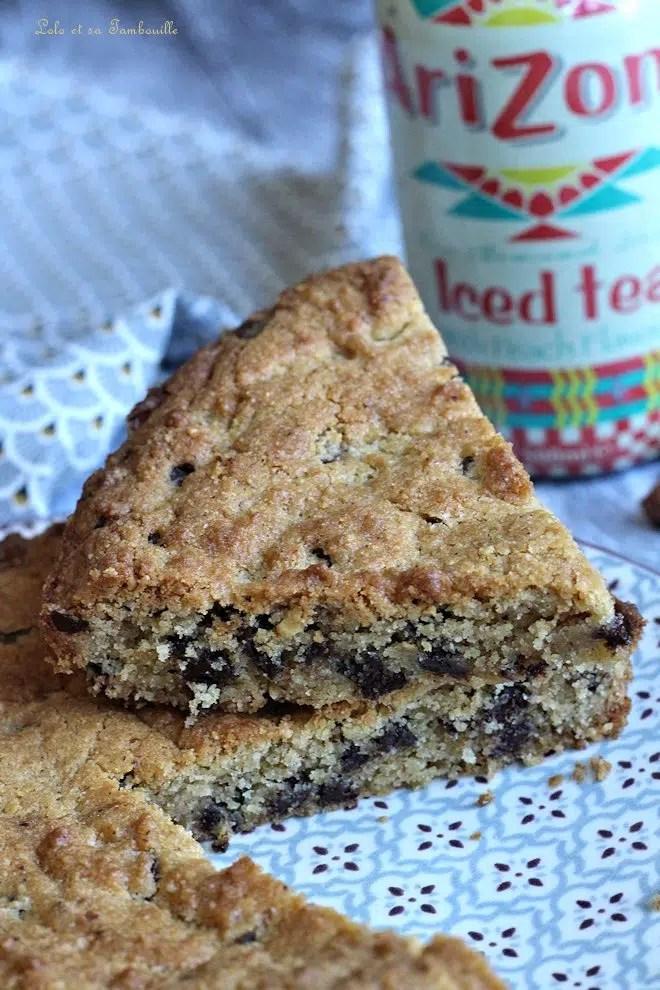 Maxi cookies aux noisettes, nougatine & chocolat