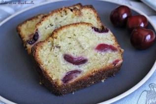 Cake aux cerises & chocolat blanc (5)