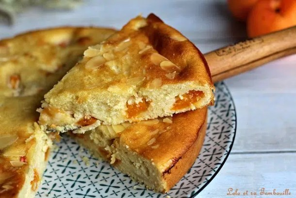 Gâteau amandine aux abricots