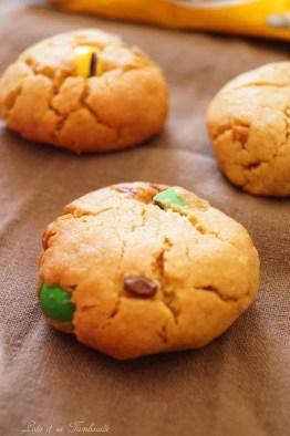 Cookies au beurre de cacahuètes & mm's (5)
