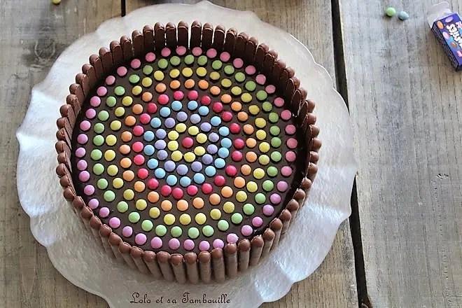 Gâteau d'anniversaire au chocolat & smarties